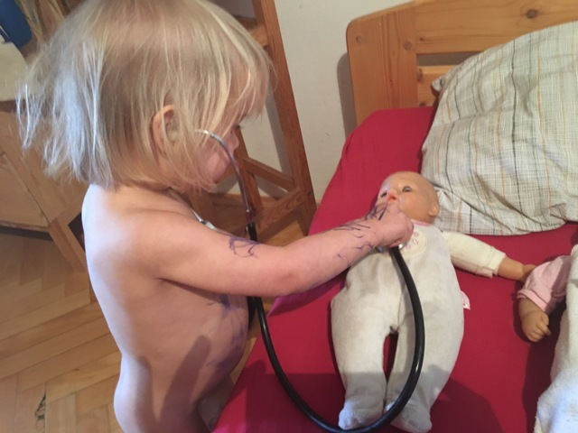 Medicína a mateřství, rovnice o mnoha neznámých