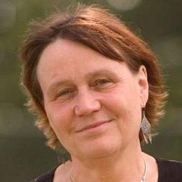 """""""Vždy je potřeba synergického úsilí a delší doby, než se zažité stereotypy začnou měnit"""": S Annou Šabatovou o disentu, genderové rovnosti  a lidských právech"""