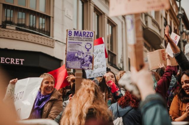 Španělsko feministické: od hesel ke každodennosti