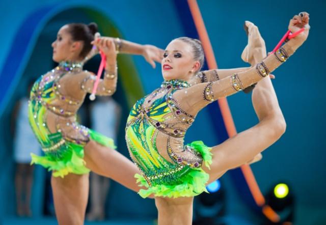 Výkon nebo super vzhled? Muži a ženy v gymnastice a závodním tanci