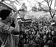 -protiválečná demonstrace-