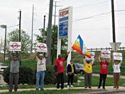 -Foto grassrootspeace.org: protest v USA-