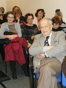 Pohled do sálu, vpravo nejstarší referující pan Čihák