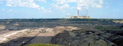 Hnědouhlená elektrárna a důl Bełchatów v Polsku Foto: MaKa~commonswiki Wikimedia Commons