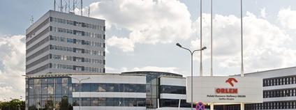 Ředitelství společnosti PKN Orlen v Polsku Foto: Adam Kliczek Wikimedia Commons