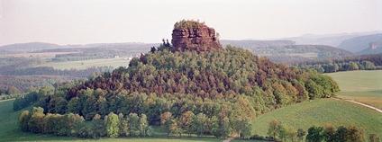 Hora Zirkelstein v Saském Švýcarsku Foto: Olaf1541 Wikimedia Commons