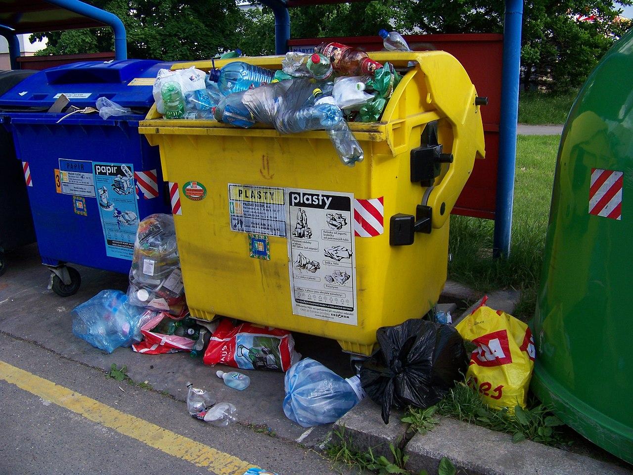 Rozhodné čínské ne zahraničním odpadům ale ukázalo ještě na jeden vadný mechanismus odpadových hospodářství. Recyklaci. Ilustrační snímek.