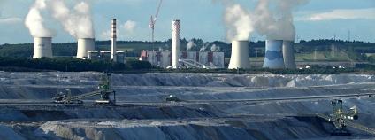 Důl a elektrárna Turów Foto: Jiří Bernard Wikimeda Commons
