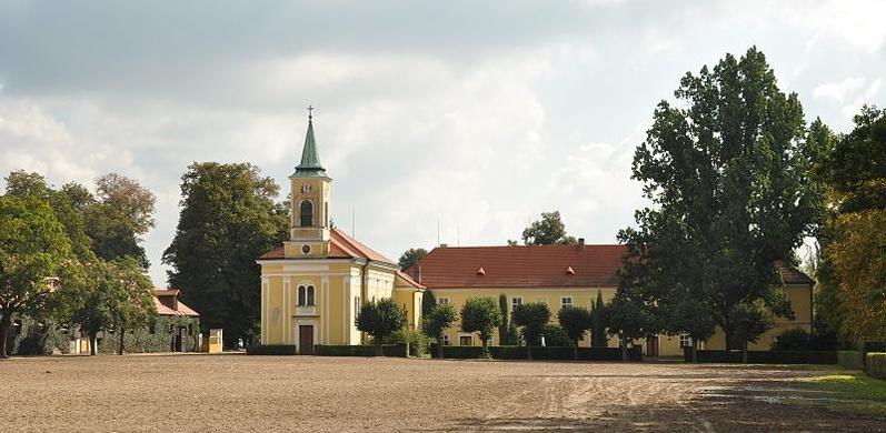 Venkovní výstava v Ostravě představuje nejnovější českou památku UNESCO - hřebčín v Kladrubech