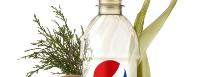 Recyklovatelná lahev PepsiCo z rostlinných materiálů.