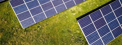 Fotovoltaický panel Foto: Andreas Gücklhorn Unsplash