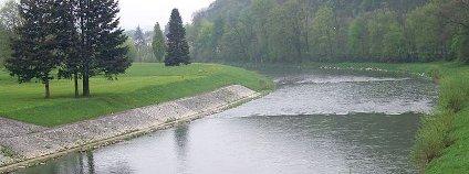 Řeka Bečva je poslední štěrkonosnou řekou v České republice, která nebyla dosud přehrazena velkou přehradou.