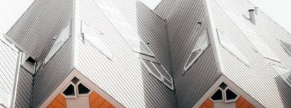 Bílé střechy Foto: Isaac Mehegan Unsplash