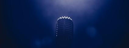 Mikrofon Foto: BRUNO EMMANUELLE Unsplash
