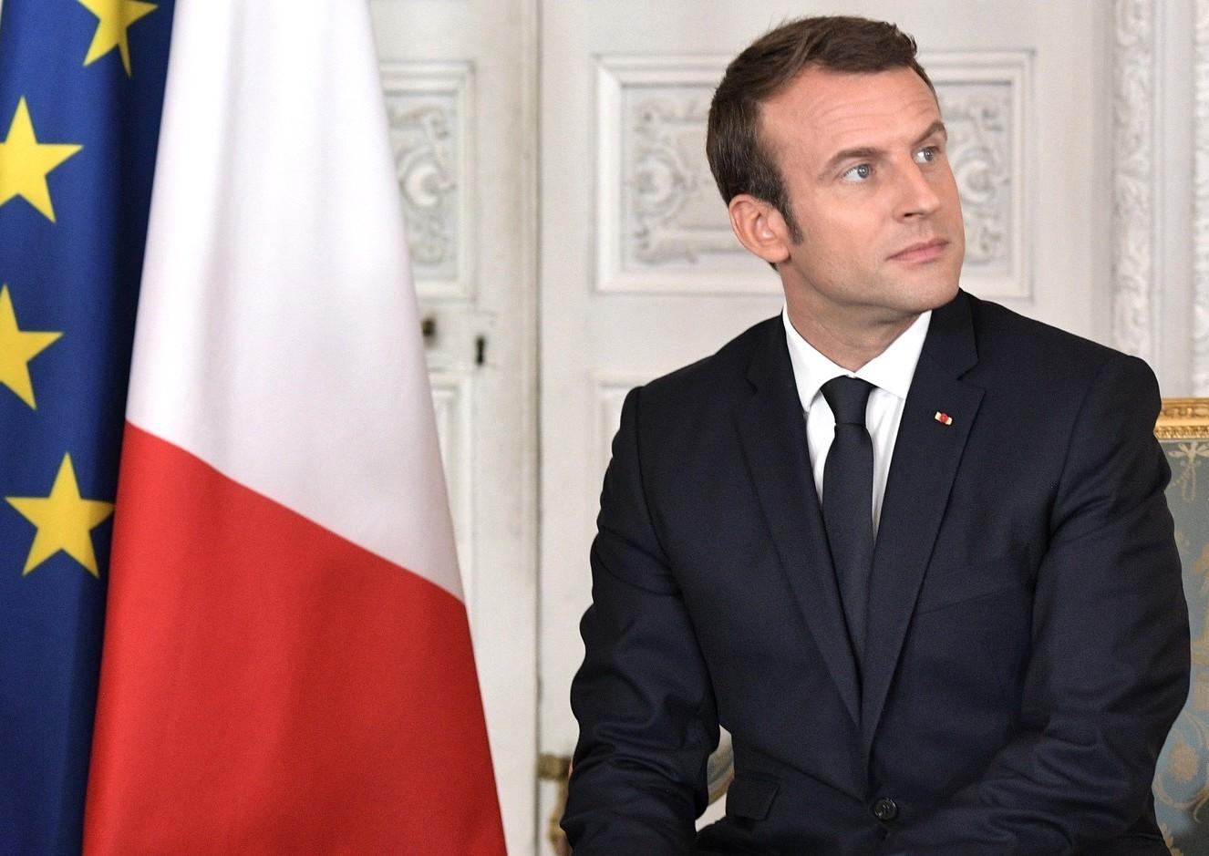 Francouzský prezident Emmanuel Macron dnes obvinil brazilského kolegu Jaira Bolsonara, že v červnu na summitu G20 v Japonsku lhal ohledně ekologických závazků, a odmítl ratifikaci dohody o volném obchodu mezi EU a skupinou jihoamerických zemí Mercosur.