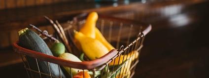 Nákupní košík se zeleninou Foto: Piqsels
