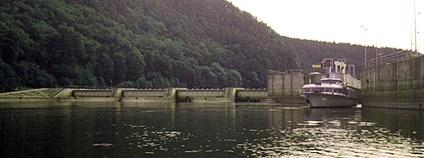 Vodní nádrž Kořensko Foto: Jenda021 Wikimedia Commons