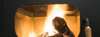Oheň v kotli Foto: Deyan Georgiev / Shutterstock