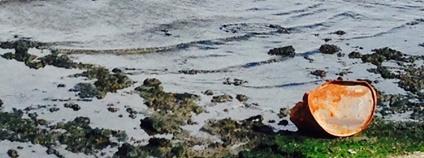 Znečištěné kaspické moře Foto: G Travels Flickr.com