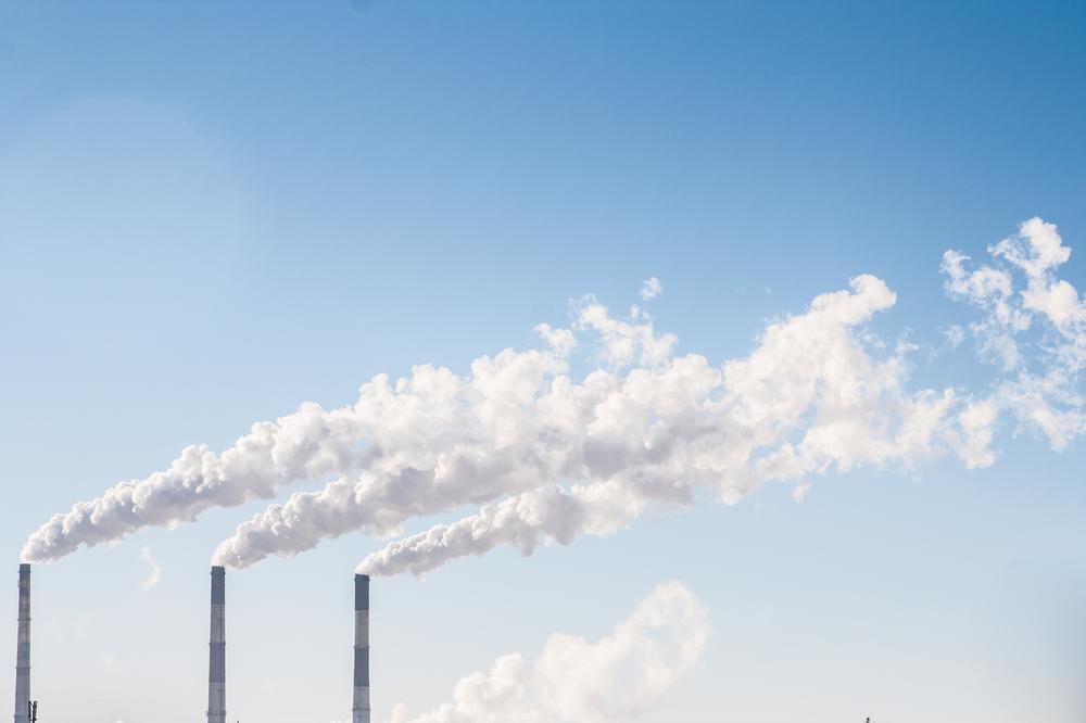 Emise skleníkových plynů v EU loni klesly o více než 13 procent