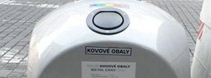 Kontejner na kovy v pražských ulicích Foto: Tiskové oddělení MHMP