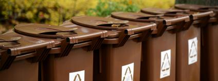 Hnědé kontejnery na bioopad Foto: Aleksandar Mijatovic / Shutterstock