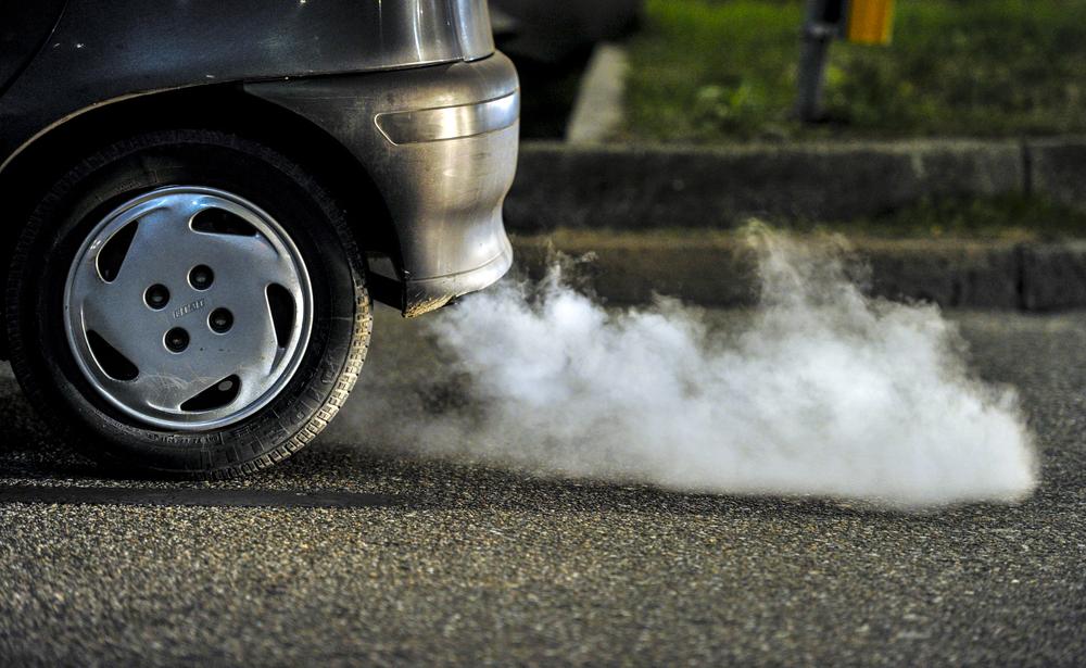 Zavedení nové emisní normy Euro 6c spolu s novou metodou testování WLTP, která se již více podobá reálnému provozu, způsobuje prodloužení dodacích lhůt některých modelů aut až o několik týdnů. / ilustrační foto