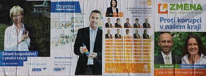 Reklamy politických stran usilujících o zvolení v krajských volbách 2012 v Libereckém kraji. Foto: Jan Stejskal/Ekolist.cz