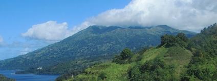 Vulkán La Soufriere na ostrově Svatý Vincenc v Karibiku Foto: David Stanley Flickr