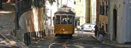 Tramvaj v Lisabonu Foto: Jorbasa Fotografie Flickr