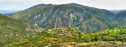 Matavenero - španělská ekologická hippie vesnice Foto: Flickr