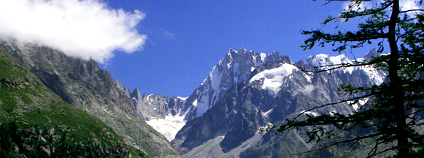 Mer de Glace v Alpách Foto:Victor Abellón Flickr.com