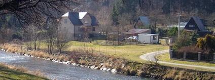 Řeka Opava v Nových Heřminovech Foto: MartinVeselka Wikimedia Commons