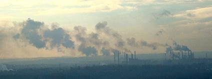 Ostrava zahalená ve smogu Foto: Petr Dadák Flickr.com