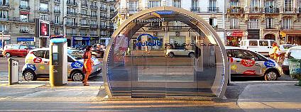 Systém Autolib v Paříži. Foto: Poulpy/Wikimedia Commons
