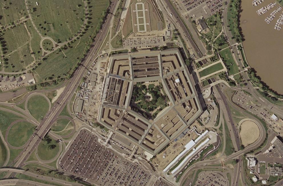 Jen činnost Pentagonu, tedy Ministerstva obrany, produkuje tolik emisí, kolik nezvládne ani celé Švédsko nebo třeba Portugalsko dohromady.  / Ilustrační foto