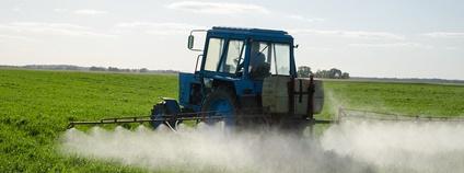 Aplikace pesticidů Foto: Aqua Mechanical Flickr