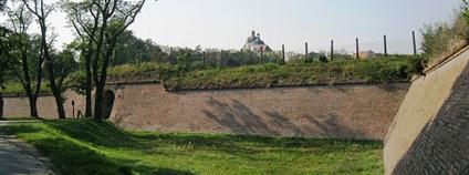 Opevnění v Bezručových sadech v Olomouci Foto: Lehotsky Wikimedia Commons