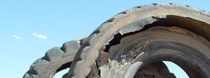 Staré pneumatiky Foto: jeh amm ink Flickr.com