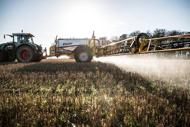 Spotřeba přípravků na ochranu rostlin loni klesla o 1,7 procenta