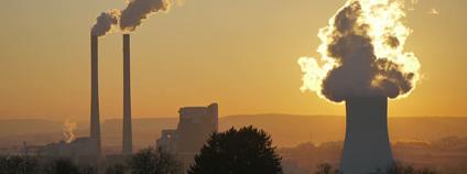 Uhelná elektrárna Foto: Piqsels