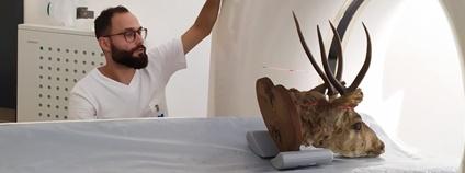 CT skenování sto let starého exponátu huemula