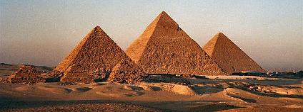 Pyramidy v Gíze. Foto: Bruno Girin / Flickr