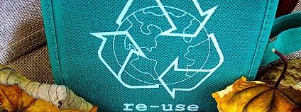 Möbiova smyčka - nejčastější environmentální symbol Foto: 9355 Pixabay
