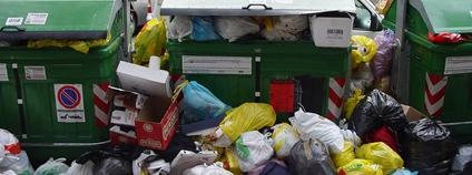 Odpadky v Římě Foto: Ben Salthouse Flickr