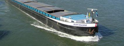 Nákladní loď. Ikar.us Stadtwiki Karlsruhe