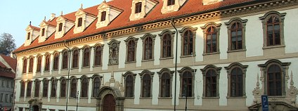 Budova Senátu na Valdštejnském náměstí Foto: Hynek Moravec Wikimedia Commons