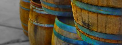 Soudky s vínem Foto: oc_layos Flickr