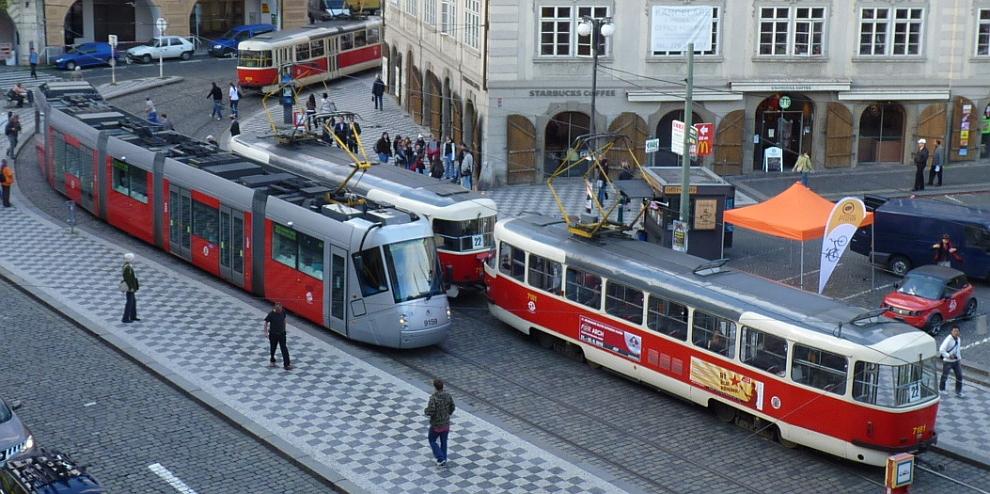 Výsledok vyhľadávania obrázkov pre dopyt fotky, na ktorých je pražské tramvaj