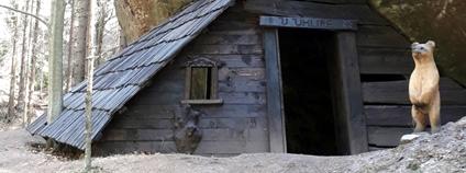 Uhlířova chaloupka na naučné stezce Česká silnice v Národním parku České Švýcarsko Foto: NP Česé Švýcarsko